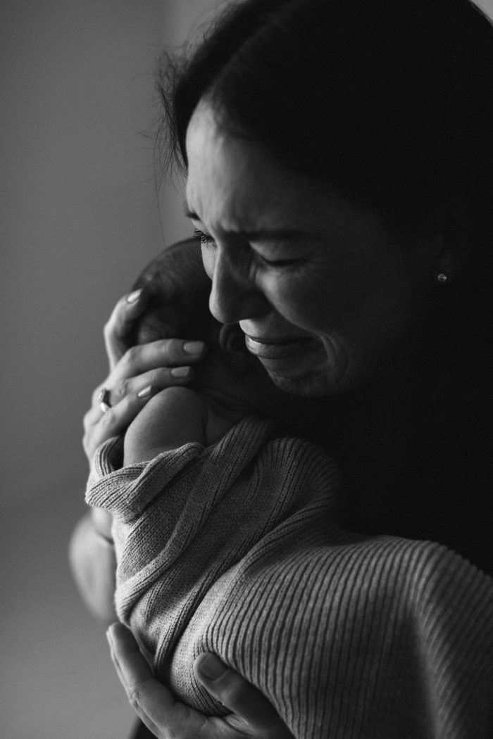 Emotional Melbourne Newborn Photographer - Kristen Cook Photography | kristencook.com.au